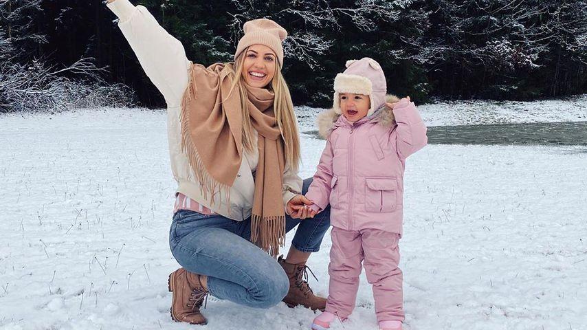 Sarah Harrison mit ihrer Tochter Mia, Januar 2020