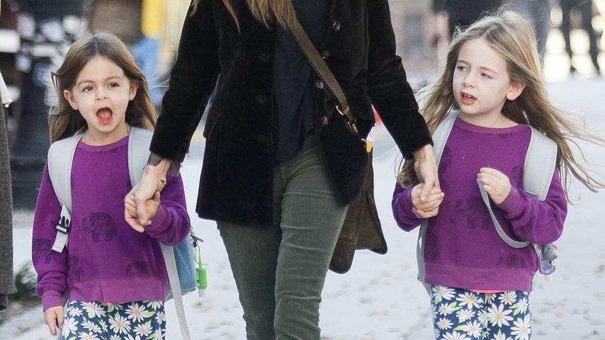 Sarah Jessica Parker bringt Töchter Tabitha und Marion Broderick zur Schule in New York