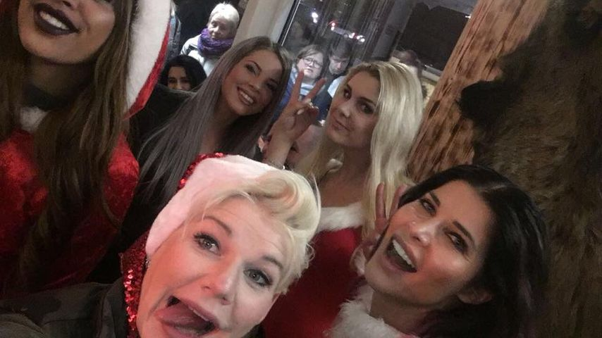 Promi-Alarm: Melanie Müller feiert wilde Christmas-Party