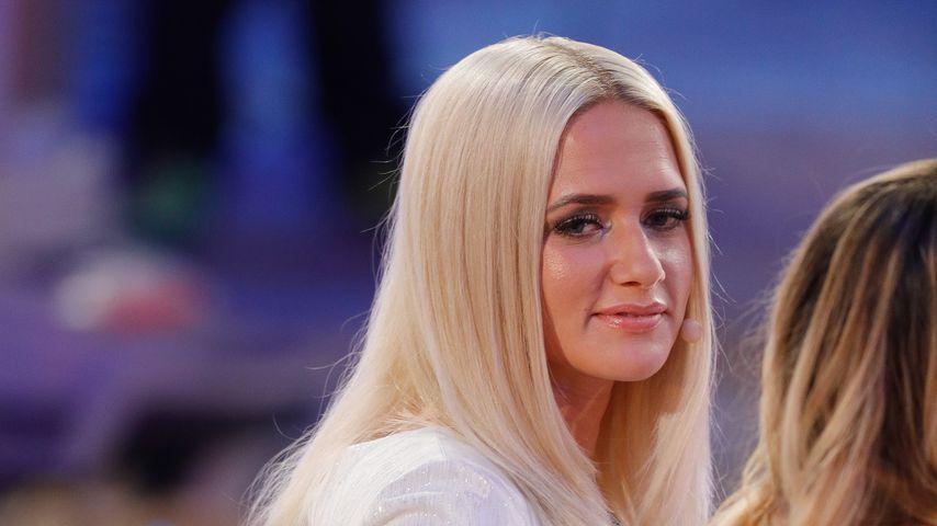 Sarah Knappik, Model