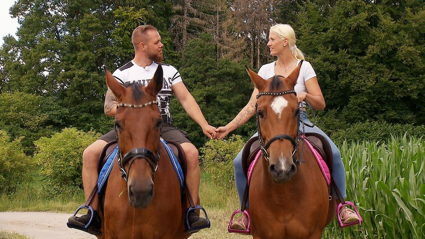 """Sascha und Denise bei """"Bauer sucht Frau"""" 2020"""