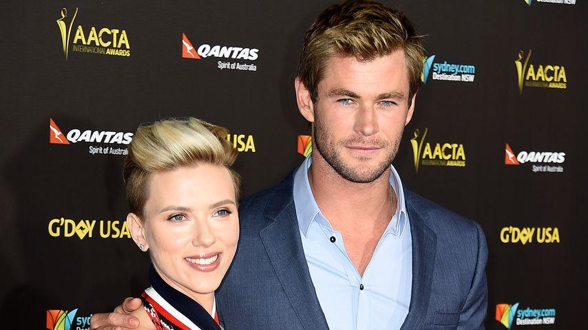 Scarlett Johansson nennt Chris Hemsworths Bizeps Truthahn