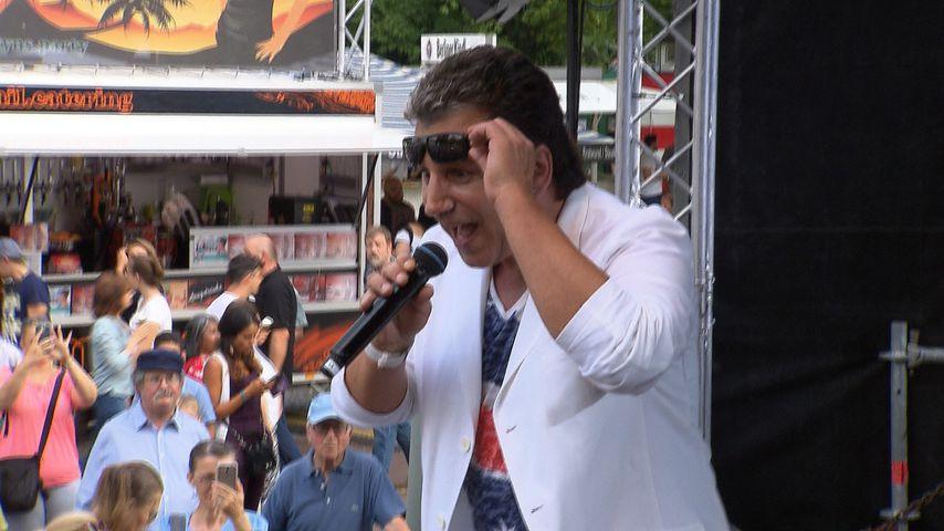 Schlager-Star Oliver Frank auf der Bühne