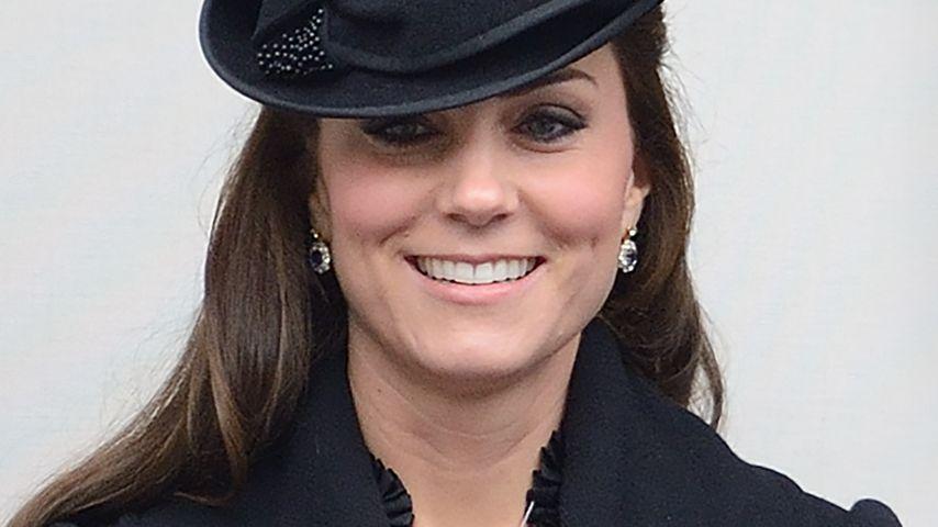 Elegant: Schwangere Kate erfüllt royale Pflichten