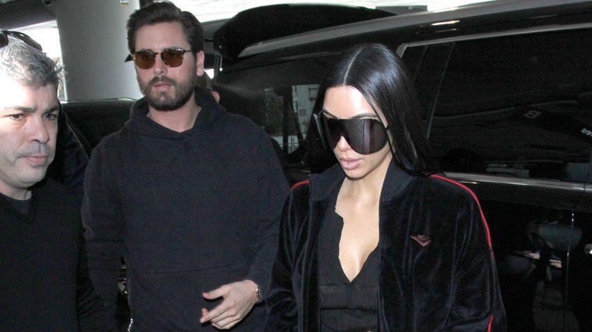 Scott Disick und Kim Kardashian am Flughafen von Los Angeles