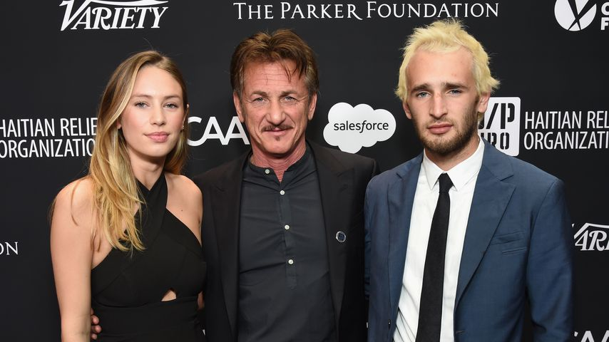 Sean Penn (m.) mit seinen Kindern Dylan (l.) und Hopper (r.)