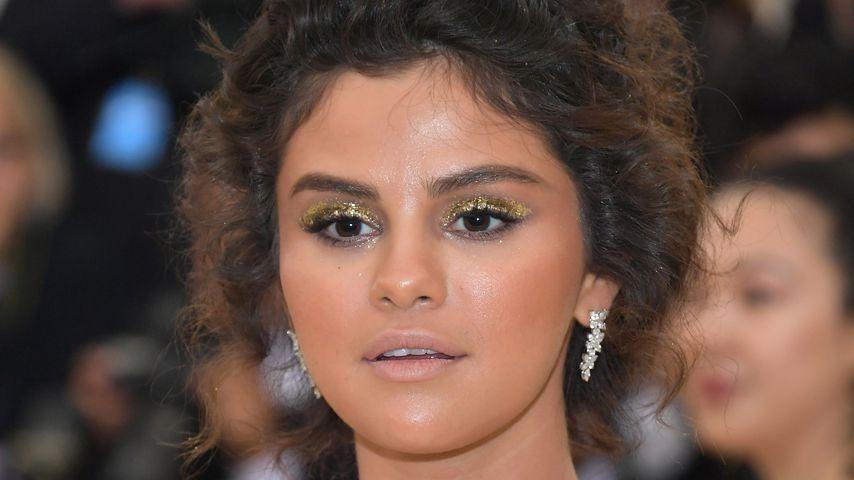 Viel zu braun? Selena Gomez kassiert Met-Gala-Gelächter!