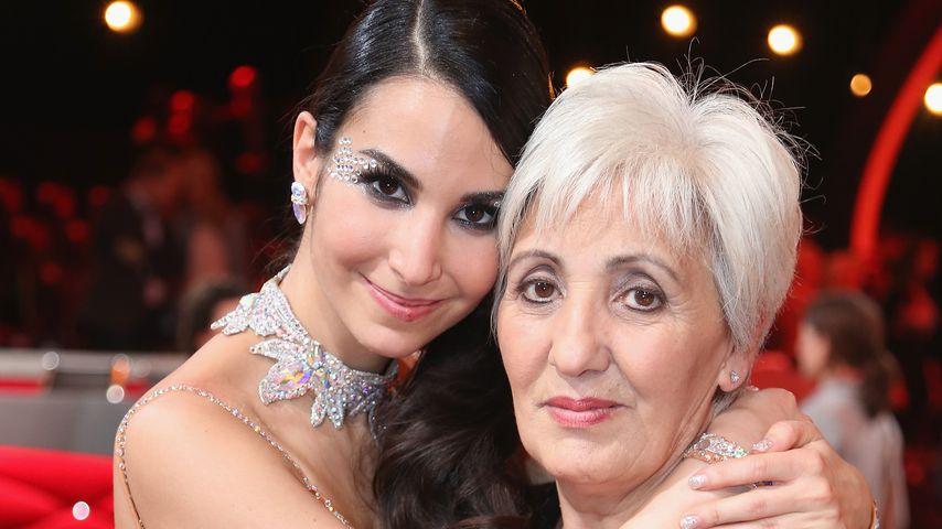 Schauspielerin Sila Sahin und ihre Mutter im Jahr 2013