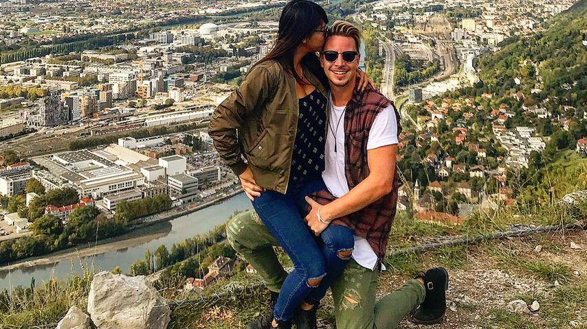 Simon Jelbke mit seiner Freundin
