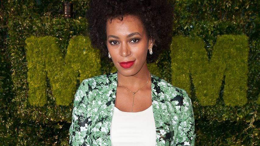 Hingucker! Solange Knowles in cooler Kleid-Shorts