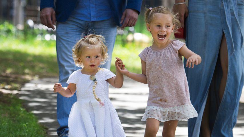 Süße Schwestern: So lieb haben sich Michelle Hunzikers Kids