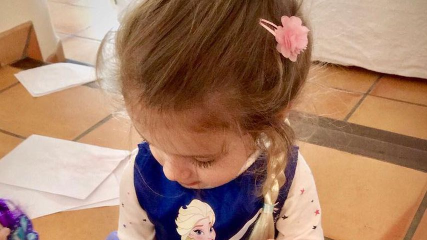 Vorbild Elsa? Sophia Cordalis im absoluten Frozen-Fieber!