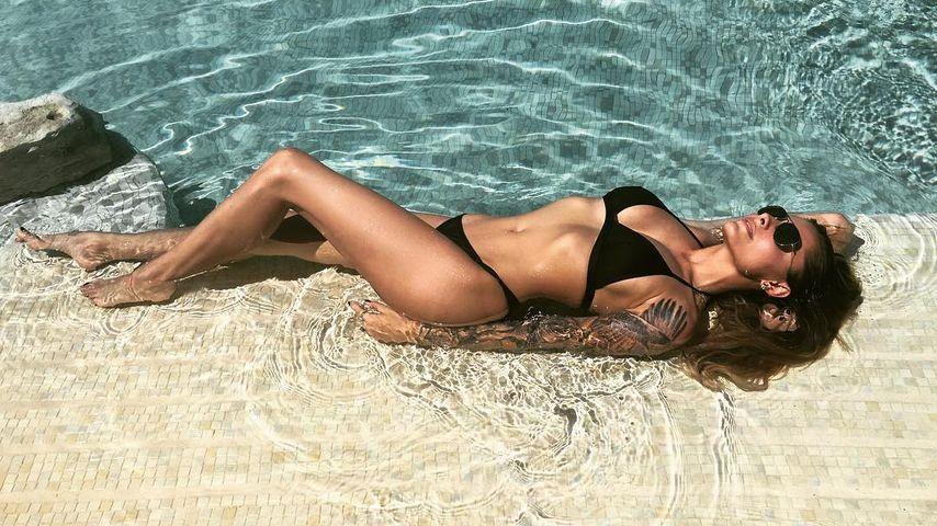 Sophia Thomalla im Urlaub