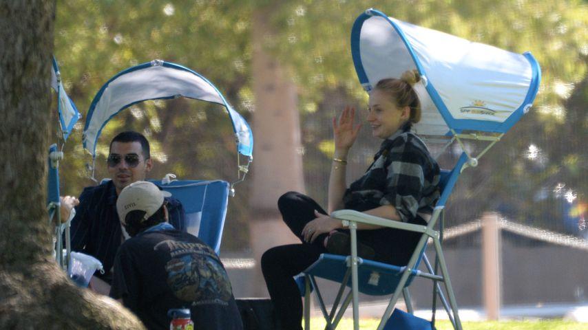 Sophie Turner beim Picknicken in Los Angeles