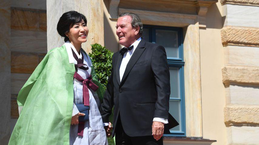 Soyeon Schröder-Kim und Gerhard Schröder 2018