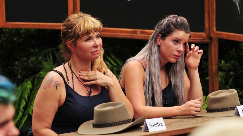 Sandra Steffl und Jenny Frankhauser im Dschungelcamp 2018