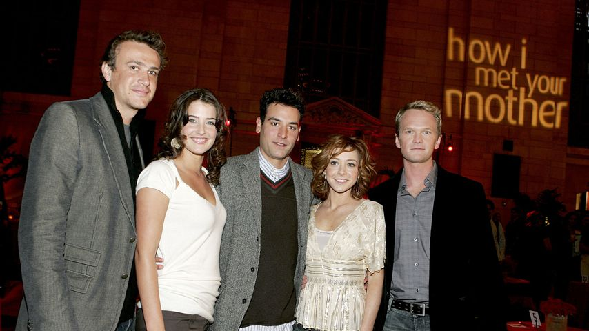 """How I Met Your Mother""-Clique, New York City 2005"