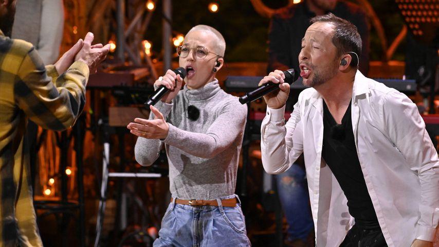 """Stefanie Heinzmann und DJ BoBo bei """"Sing meinen Song"""" 2021"""