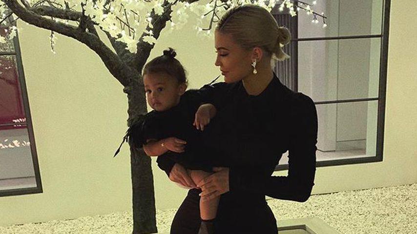 Erster Geburtstag: So groß ist Kylies Tochter Stormi schon