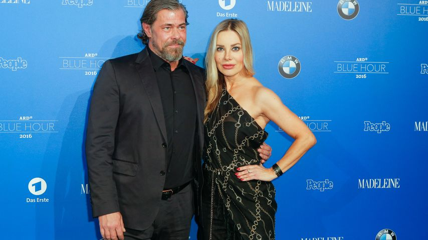 Sven Martinek und Xenia Seeberg auf der Blue Hour Reception Party 2016 in Berlin