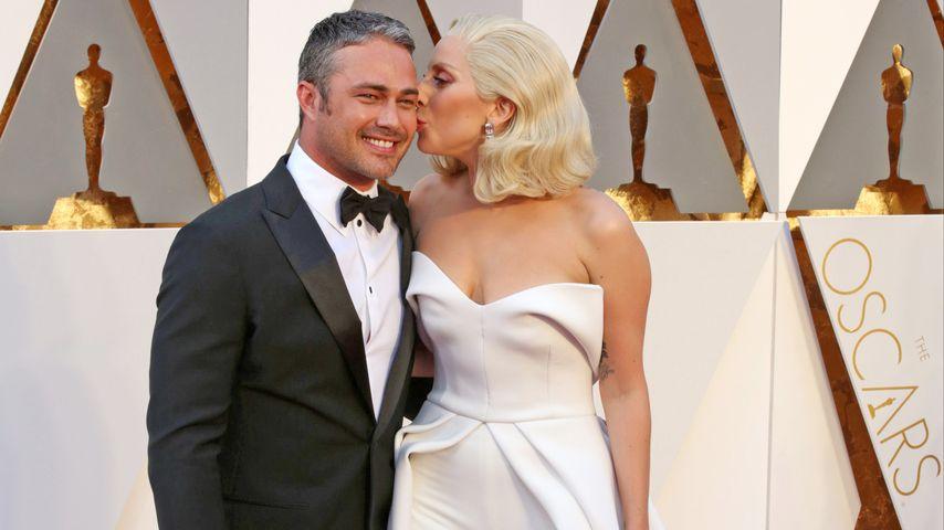 Taylor Kinney und Lady GaGa beim Oscar 2016