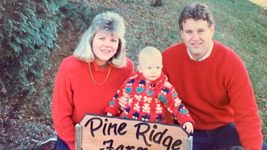 Taylor Swift teilt süßes Throwback-Foto mit ihren Eltern