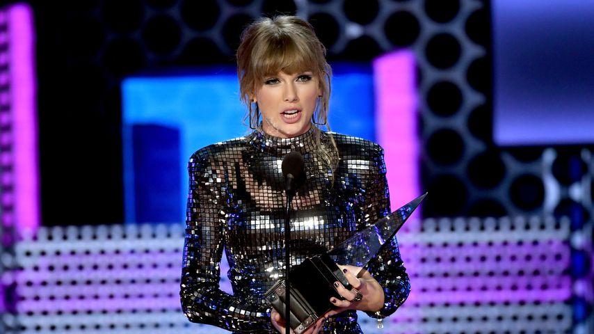 Taylor Swift schreibt bei den American Music Awards Geschichte