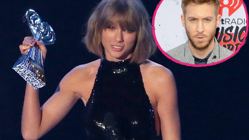 iHeartRadio Awards: So süß dankt Taylor Swift ihrem Calvin!