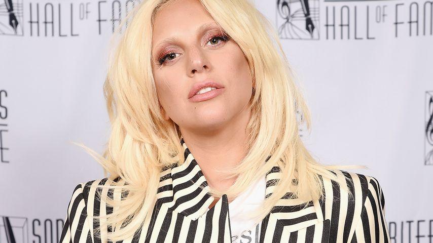 Krasse Schmerzen: Lady Gaga ins Krankenhaus eingeliefert!
