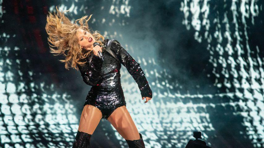 """Taylor Swift bei einem Auftritt ihrer """"Reputation""""-Tour"""