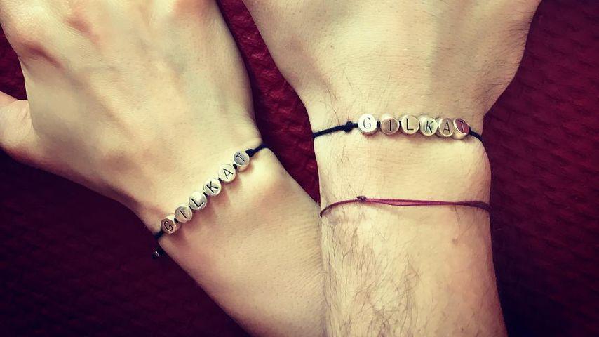 Team-Armbänder von Ekaterina Leonova und Gil Ofarim