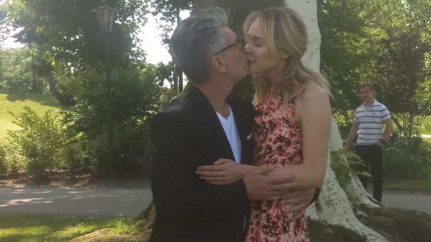Thomas Behrend und Theresia Fischer bei ihrer standesamtlichen Hochzeit im Mai 2019