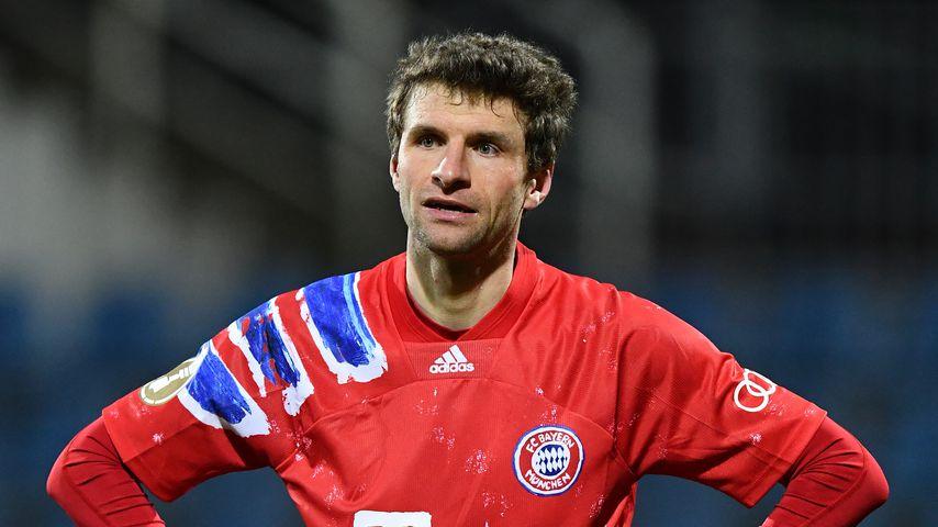 Thomas Müller beim Spiel gegen Holstein Kiel