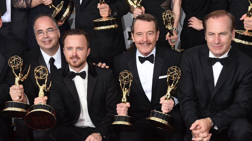 Thomas Schnauz, Aaron Paul, Bryan Cranston und Bob Odenkirk bei den Emmy Awards 2014 in Los Angeles