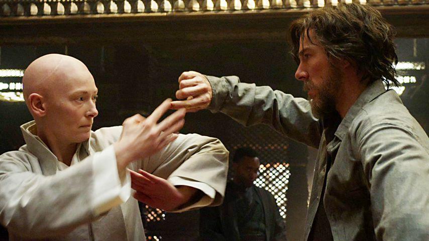 "Tilda Swinton und Benedict Cumberbatch in ""Doctor Strange"""