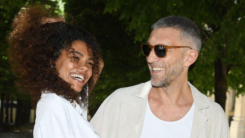 Tina Kunakey und Vincent Cassel auf der Paris Fashion Week
