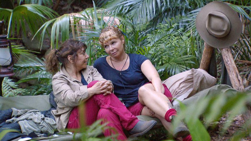 Tina York und Sandra Steffl im Dschungelcamp, Tag 5