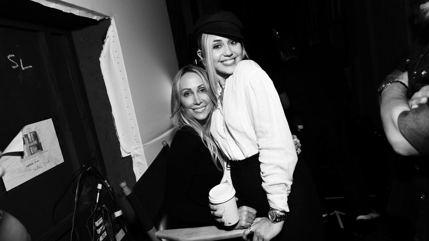 Tish und Miley Cyrus im Juni 2018