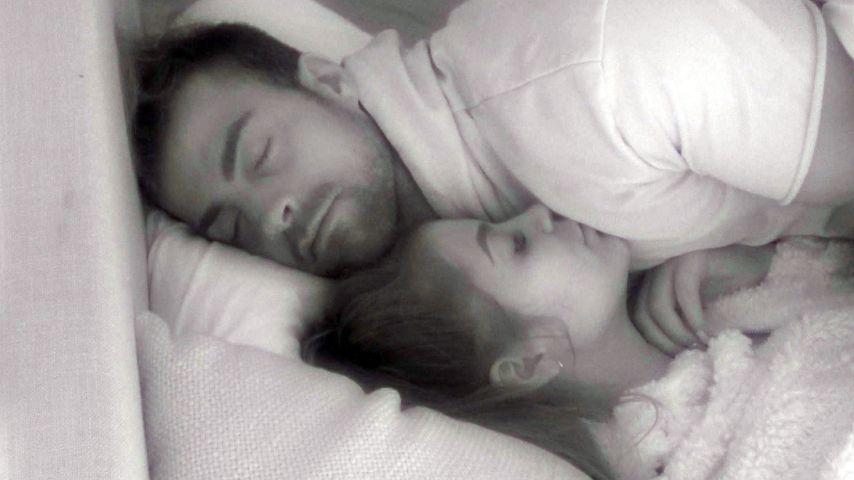 """Endlich: Tobi und Janine küssen sich bei """"Promi Big Brother"""""""