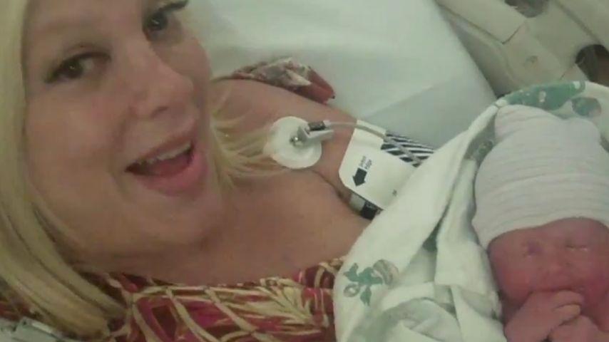Tori Spelling: Die ersten Baby-Sekunden im Video