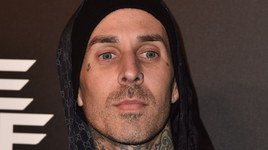 Erkrankter Travis Barker: Blink 182-Drummer rammt Schulbus