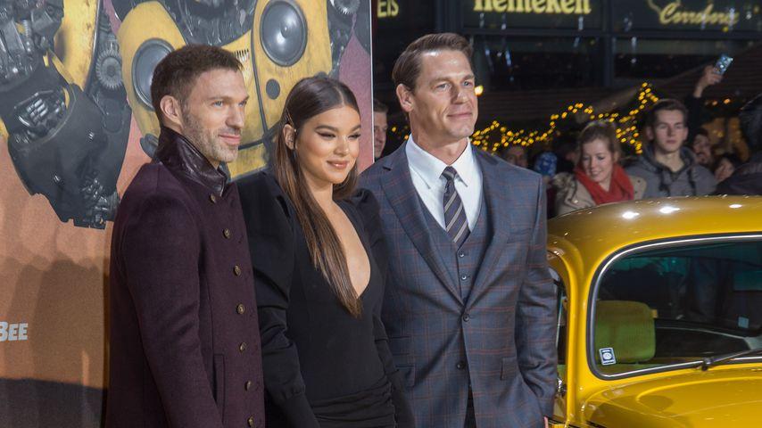 "Travis Knight, Hailee Steinfeld und John Cena beim ""Bumblebee""-Fanscreening in Berlin"