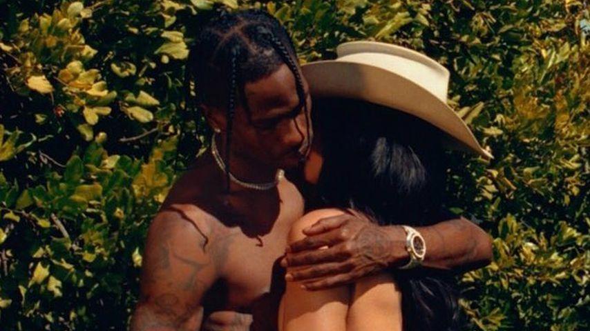 Sexy Foto mit Travis: Kylie Jenner zieht für Playboy blank!