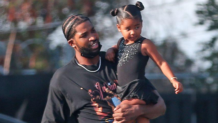 Tristan Thompson mit seiner Tochter True in Los Angeles, September 2021