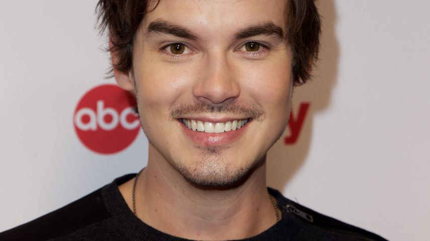 "Tyler Blackburn, ""Pretty Little Liars""-Star"