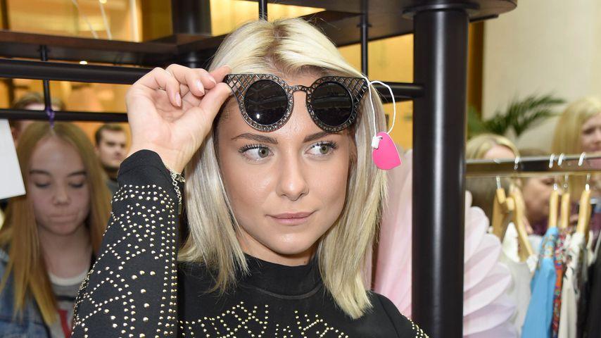 """Valentina Pahde beim """"Charity Promi Flohmarkt"""" in der Mall of Berlin"""