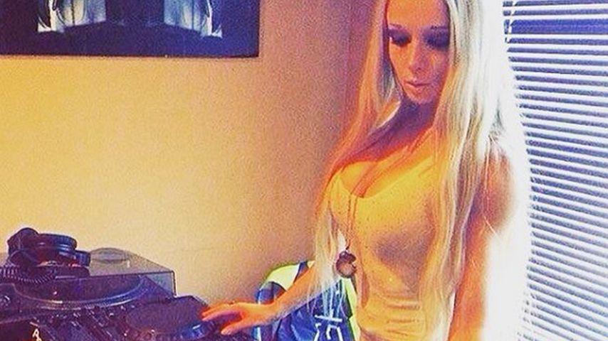 Bombastischer Barbie-Beat: Puppen-Valeria ist jetzt DJane