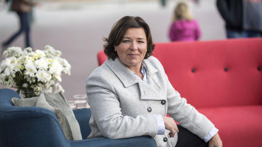 """Vera Int-Veen in ihrer Show """"Vera unterwegs – Zwischen Mut und Armut"""""""