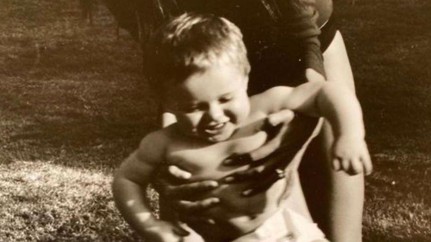 Victoria Beckham mit ihrem Sohn Brooklyn in jungen Jahren