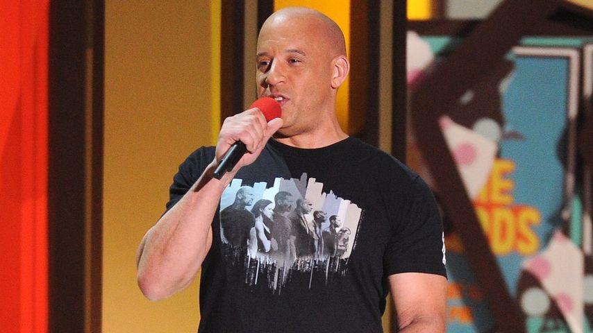 Im Video: Vin Diesel singt rührenden Song für Paul Walker